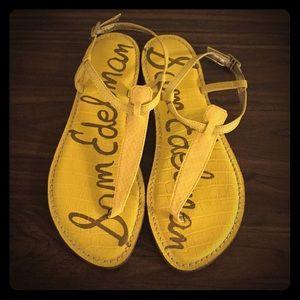 Sam Edelman yellow sandals. Size 8. Never worn.